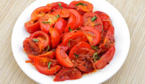 Подлютени домати