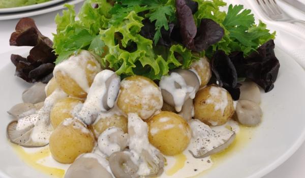 Печурки с лук и сметана