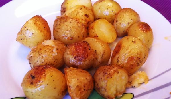Пикантни картофки с шарена сол