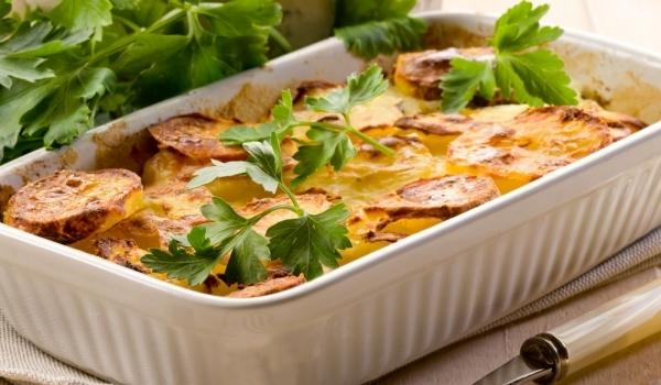 Запеканка с картофи и овесени ядки