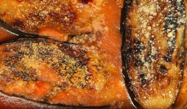 Патладжани с доматен сос по италиански