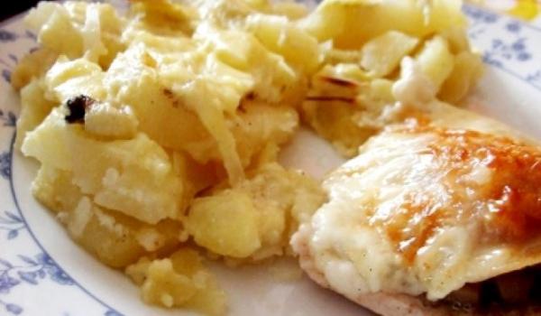 Запечени картофи с извара