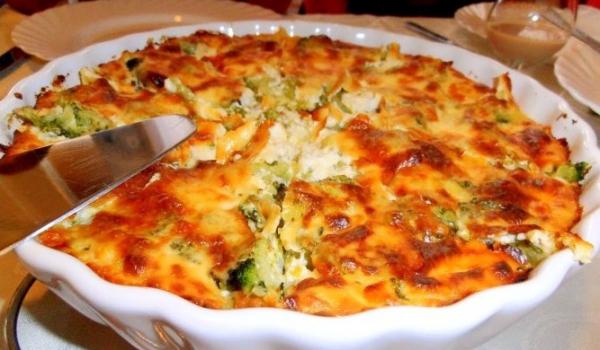 Запечени картофи с броколи