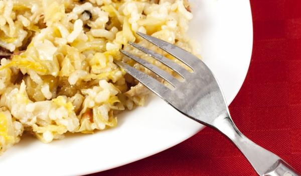 Кисело зеле с ориз и черен пипер
