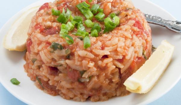 Гювеч с домати и ориз