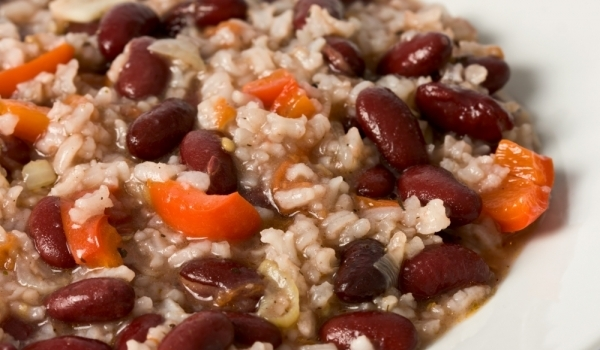 Боб с ориз