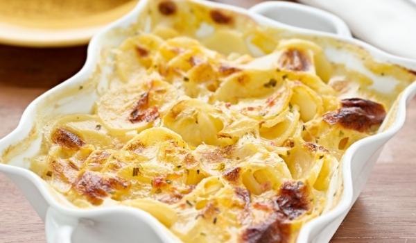 Картофи със сирене и прясно мляко