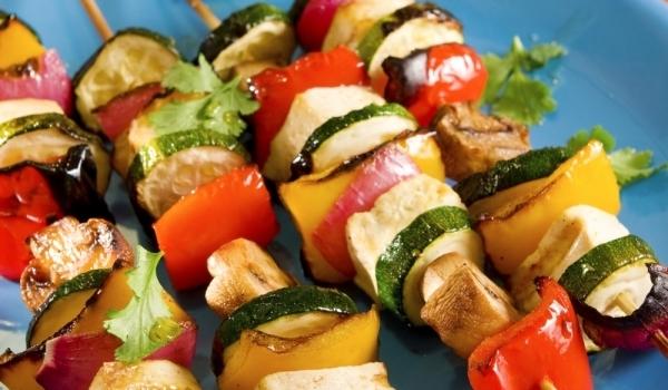 Зеленчукови шишчета с тофу