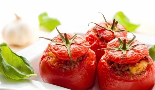 Вегетариански пълнени домати