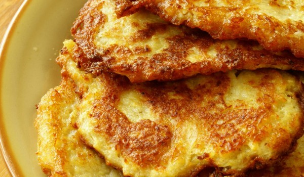 Картофени палачинки със сирене