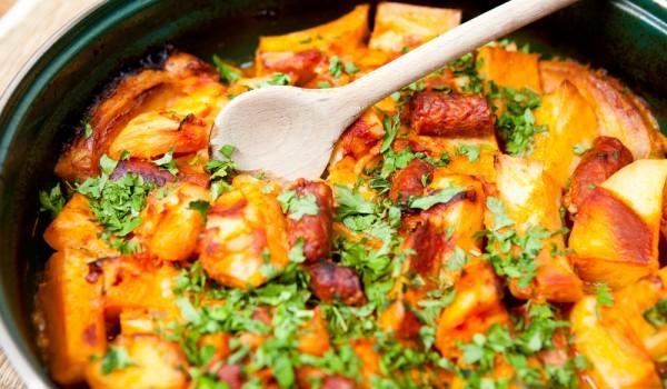 Картофи на фурна с карначета