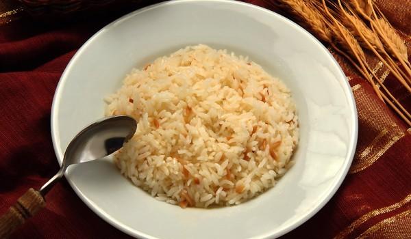 Постен ориз на фурна