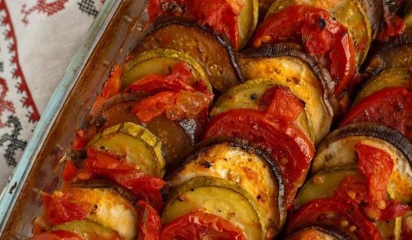 Вкусни зеленчуци на фурна