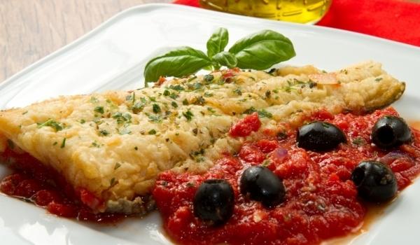 Средиземноморски доматен сос