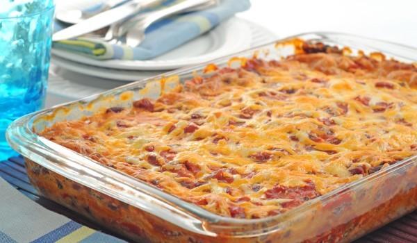 Огретен със спагети и шунка