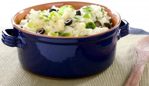Украинска салата с картофи и маслини