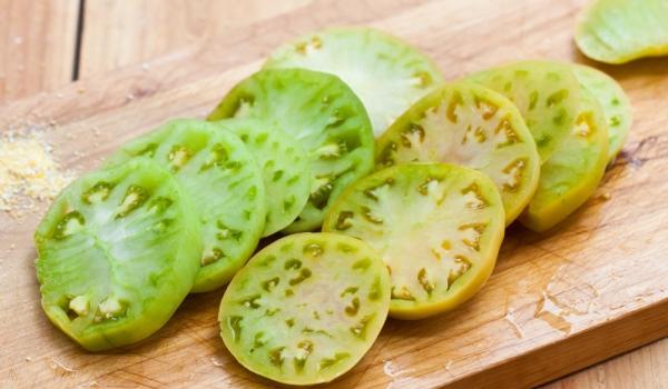 Грузинска салата от зелени домати