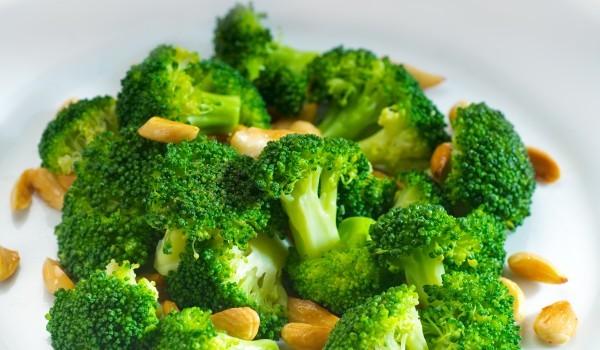 Сицилианска салата от броколи