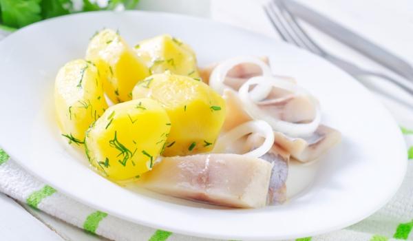 Винегрет от картофи и херинга