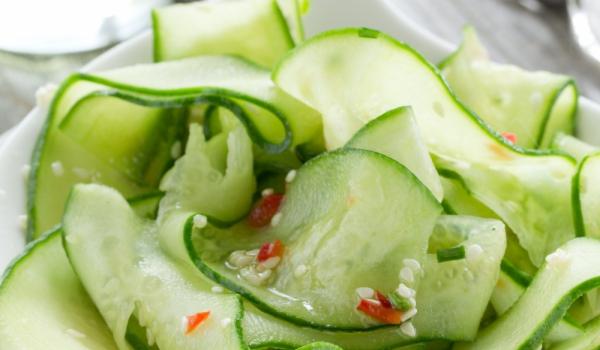 Корейска салата с краставици