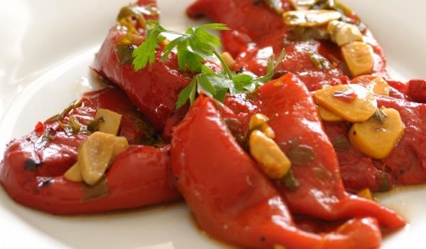 Сръбска салата с чушки