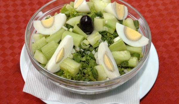 Зелена Великденска салата