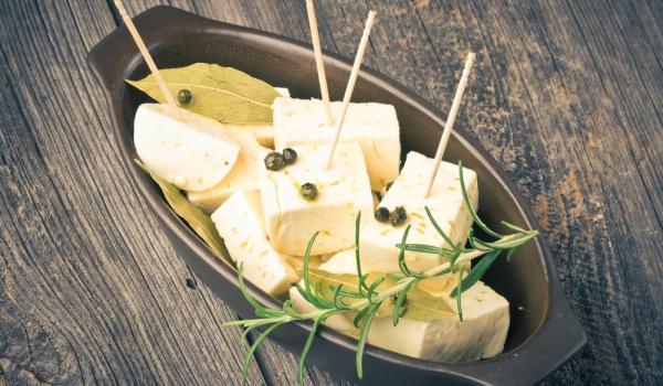 Козе сирене с билки