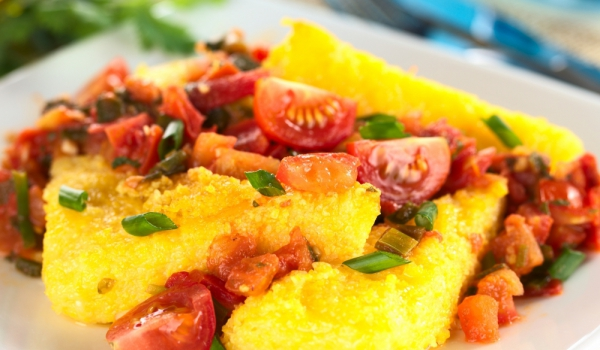 Италиански качамак със сушени домати