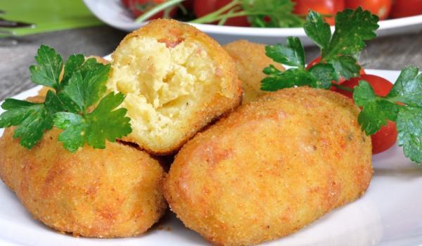 Пържени картофени крокети