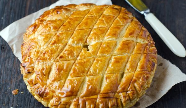 Украински пирог с картофи и мента