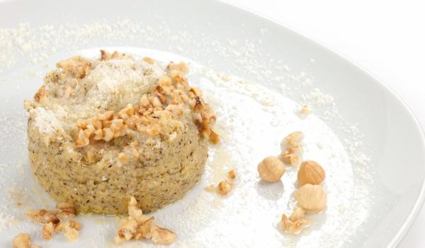 Качамак с мед и орехи