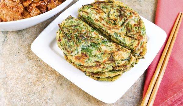 Зелени палачинки с бекон
