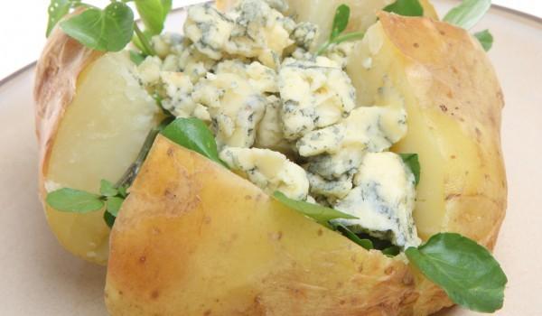 Печени картофи на фурна във фолио