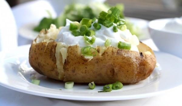 Печени пълнени картофи