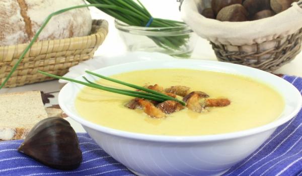 Крем супа от кестени с целина