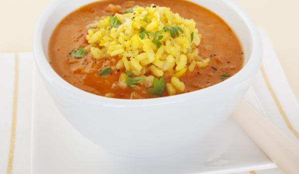 Шафранова крем супа с чесън
