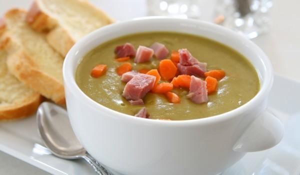 Крем супа от грах със сметана и шунка