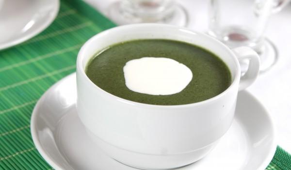 Лятна зелена супа