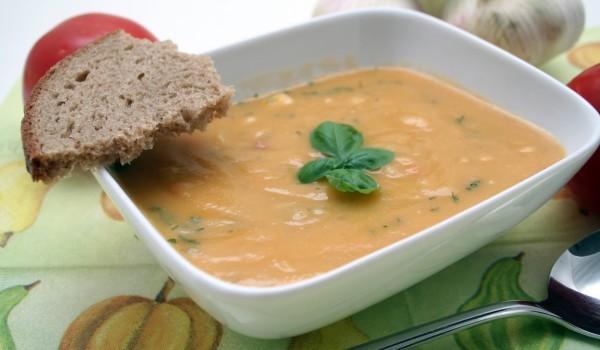 Базелска супа със сирене