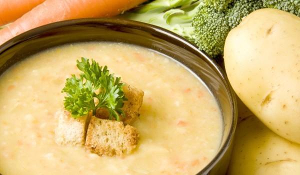 Крем супа от картофи и магданоз