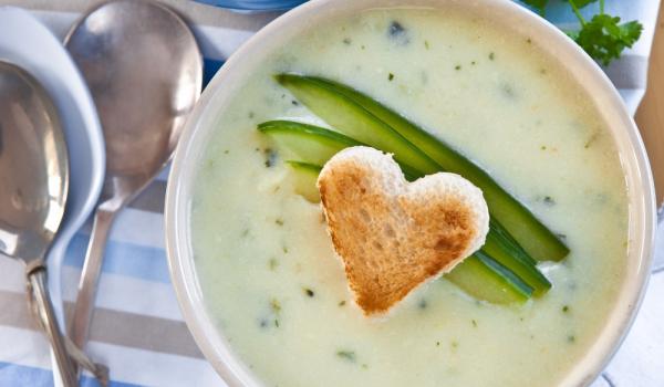 Гръцка супа от краставици