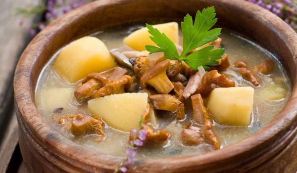 Гъбена супа с бекон