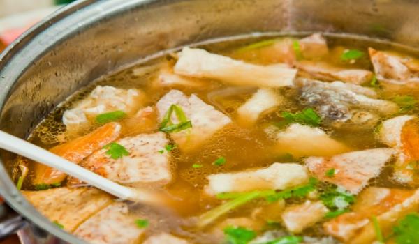 Супа от дребни риби със зелев сок