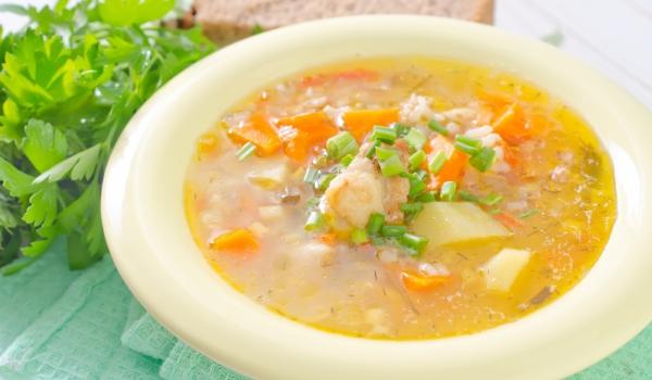 Молдовска пилешка супа