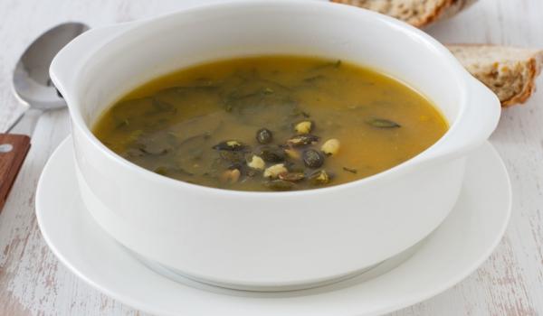 Супа от агнешки главички и спанак
