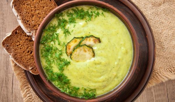 Супа от тиквички и спанак