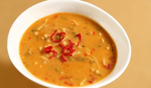 Супа от зеле с чушки