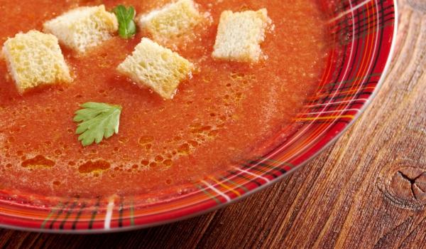 Супа с червени чушки и портокали