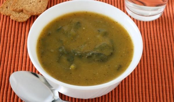 Супа от агнешка глава със спанак