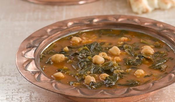 Спаначена супа с нахут